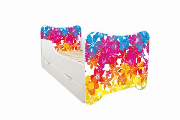 Krevet za decu sa cvetnim dezenom