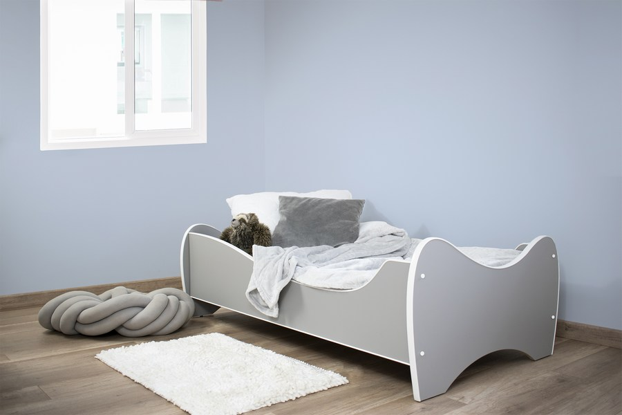 sivi deciji krevet