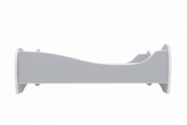 svetlo sivi krevet