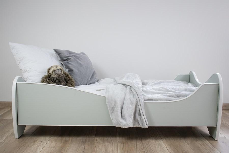 krevet pastelne boje
