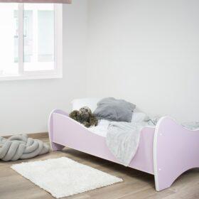 ljubicasti krevet